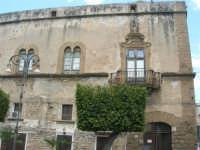 visita alla città - Palazzo Arone - 25 aprile 2008   - Sciacca (1009 clic)