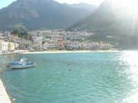 la città vista dal porto - riflessi - 13 marzo 2009  - Castellammare del golfo (1793 clic)