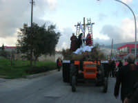 Processione della Via Crucis con gruppi statuari viventi - 5 aprile 2009   - Buseto palizzolo (1801 clic)