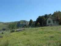 Chiesetta sul Lago Arancio - 25 aprile 2008   - Sambuca di sicilia (1742 clic)