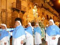 festa dell'Immacolata: la processione nel corso VI Aprile - 8 dicembre 2009   - Alcamo (2596 clic)