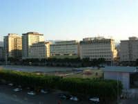 dal porto, vista sulla città - 10 agosto 2006  - Palermo (894 clic)