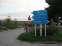 la strada che porta alla Riserva Naturale Orientata Monti di Palazzo Adriano e Valle del Sosio - 9 novembre 2008  - San carlo di chiusa sclafani (3475 clic)