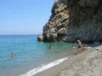 Villaggio Turistico Capo Calavà: il mare e la scogliera - 23 luglio 2006     - Gioiosa marea (2675 clic)