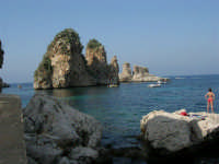 I Faraglioni - 1 luglio 2005  - Scopello (1809 clic)
