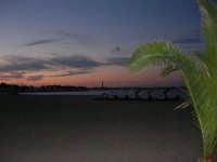quasi sera: pedalò sulla spiaggia e faro - 20 maggio 2007  - San vito lo capo (1200 clic)