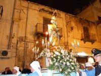 festa dell'Immacolata: la processione nel corso VI Aprile - 8 dicembre 2009   - Alcamo (2122 clic)