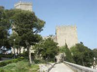 Villa comunale Balio e Torri medievali - 1 maggio 2008   - Erice (980 clic)