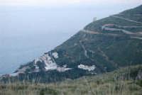 Torre di avvistamento e villaggio turistico - 24 febbraio 2008  - Calampiso (2131 clic)