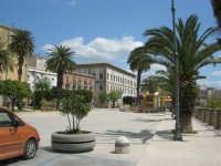visita alla città - Piazza Angelo Scandaliato - 25 aprile 2008   - Sciacca (1178 clic)