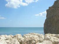 scoglio e mare - 25 aprile 2008  - Sciacca (1668 clic)