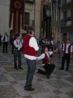 2° Corteo Storico di Santa Rita - Piazza Madonna delle Grazie - esibizione degli Stendardieri di Petralia La Suprana - 17 maggio 2008   - Castellammare del golfo (594 clic)