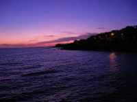 il mare al crepuscolo - 5 ottobre 2008   - Marinella di selinunte (669 clic)