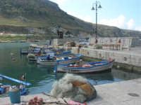 al porto - 5 aprile 2009   - Castellammare del golfo (1144 clic)