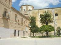 visita alla città - Chiesa di San Domenico in Piazza Angelo Scandaliato - 25 aprile 2008   - Sciacca (1070 clic)
