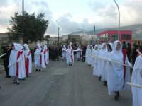 Processione della Via Crucis con gruppi statuari viventi - 5 aprile 2009   - Buseto palizzolo (2170 clic)