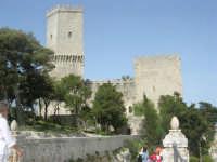 Villa comunale Balio e Torri medievali - 1 maggio 2008   - Erice (906 clic)
