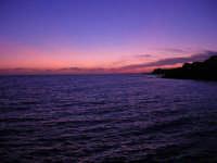 il mare al crepuscolo - 5 ottobre 2008   - Marinella di selinunte (561 clic)
