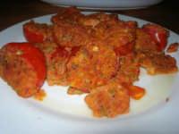 C/da Digerbato - Tenuta Volpara - antipasti: pomodori ripieni - 27 aprile 2008   - Marsala (2609 clic)