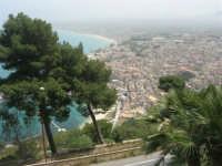 panorama della città e del porto dall'Hotel Belvedere - 20 aprile 2008  - Castellammare del golfo (533 clic)