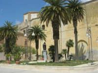 visita alla città - Chiesa di San Domenico in Piazza Angelo Scandaliato - 25 aprile 2008   - Sciacca (1159 clic)