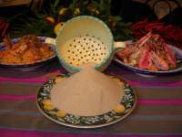 Cous Cous Fest 2007 - cous cous esposto all'interno di un ristorante - 28 settembre 2007   - San vito lo capo (1059 clic)