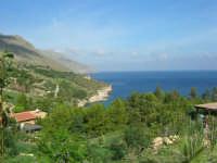 tra Scopello e la Riserva Naturale dello Zingaro: Cala Mazzo di Sciacca - 29 ottobre 2006  - Castellammare del golfo (825 clic)