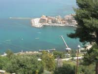 panorama del porto dall'Hotel Belvedere - 20 aprile 2008  - Castellammare del golfo (543 clic)