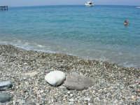 Villaggio Turistico Capo Calavà: i sassi, il mare - 23 luglio 2006    - Gioiosa marea (7225 clic)