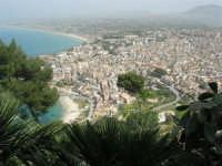 panorama della città dall'Hotel Belvedere - 20 aprile 2008  - Castellammare del golfo (542 clic)
