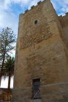 una delle torri del Castello arabo normanno - 11 ottobre 2007  - Salemi (2472 clic)