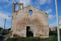 frazione di Buseto Palizzolo - chiesa diroccata - 18 gennaio 2009  - Bruca (6359 clic)