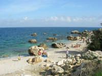 tra Scopello e la Riserva Naturale dello Zingaro: Cala Mazzo di Sciacca - 29 ottobre 2006  - Castellammare del golfo (923 clic)