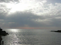 Golfo del Cofano - scogliera e mare: scende la sera - 23 agosto 2008   - San vito lo capo (511 clic)