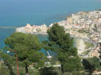 panorama della città e del porto dall'Hotel Belvedere - 20 aprile 2008  - Castellammare del golfo (553 clic)