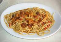 spaghetti ai ricci - Ristorante La Caravella in c/da Magazzinazzi - 8 giugno 2008  - Alcamo marina (2359 clic)