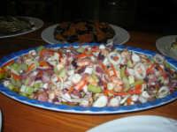 C/da Digerbato - Tenuta Volpara - antipasti: insalata di mare - 27 aprile 2008   - Marsala (2554 clic)