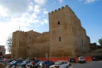 Piazza Alicia e Castello arabo normanno - 11 ottobre 2007  - Salemi (2718 clic)