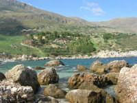 tra Scopello e la Riserva Naturale dello Zingaro: Cala Mazzo di Sciacca - 29 ottobre 2006  - Castellammare del golfo (851 clic)