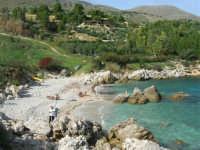 tra Scopello e la Riserva Naturale dello Zingaro: Cala Mazzo di Sciacca - 29 ottobre 2006  - Castellammare del golfo (2200 clic)