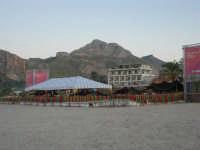 Cous Cous Fest 2007 - In spiaggia Al Waha (in arabo oasi nel deserto) - 28 settembre 2007   - San vito lo capo (783 clic)