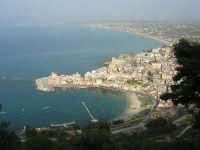 panorama del porto, della città e del golfo di Castellammare dall'Hotel Belvedere - 20 aprile 2008  - Castellammare del golfo (846 clic)