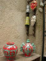 ceramiche dell'artigianato locale - 25 aprile 2006  - Erice (1328 clic)