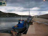 barche attraccate al molo - 3 giugno 2007  - Bonagia (1182 clic)