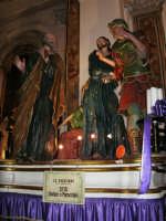 7 - LA NEGAZIONE (ceto dei barbieri e parrucchieri) - Chiesa del Purgatorio sede dei gruppi dei Misteri. I gruppi narrano la passione e morte di Cristo ed escono in processione annualmente, in ordine cronologico, secondo la Via Crucis, dal primo pomeriggio del Venerdì Santo fino alla tarda mattinata del sabato - 2 ottobre 2005  - Trapani (1916 clic)