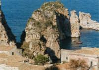 Faraglioni - 19 settembre 1999  - Scopello (1580 clic)