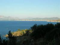 Dalla Riserva dello Zingaro il Golfo di Castellammare - 4.7.2005  - Castellammare del golfo (1272 clic)