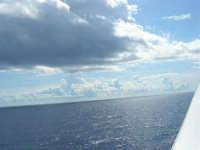 a bordo della GNV LA SUPERBA, sulla rotta Genova-Palermo: tra cielo e mare - 27 agosto 2006  - Palermo (1874 clic)