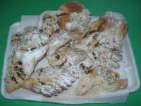 le cudduredde: dolci tipici natalizi - 17 dicembre 2007  - Castellammare del golfo (2420 clic)