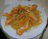 al Ristorante La Cambusa: tagliolini con crema di zucca e scampi - 3 dicembre 2006   - Castellammare del golfo (9199 clic)